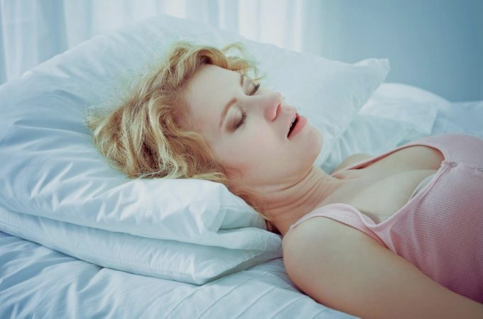 3 Self-Help Strategies to Prevent Snoring