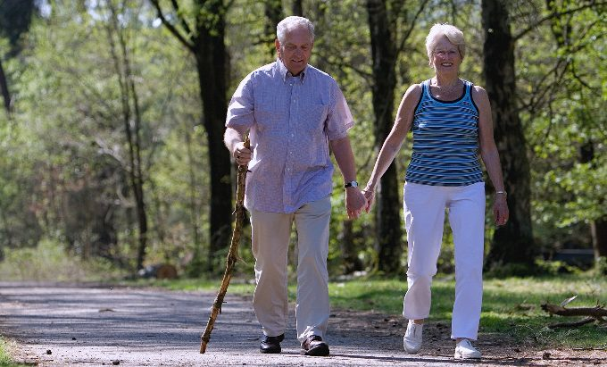 Inexpensive Mother's Day Activities for Seniors